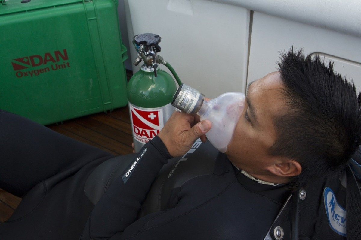 Diver breathing oxygen