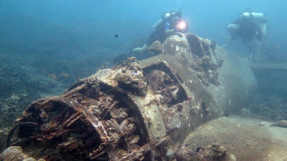 Wreck Diving Safety DAN AP Hellcat Wreck Gizo diving Solomon Islands Diveplanit