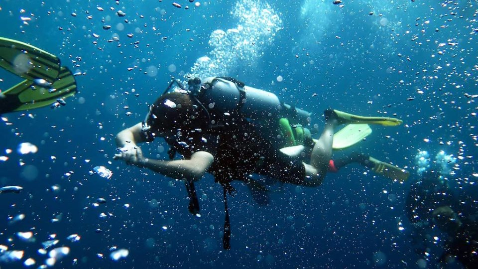 Guidelines for Exercising Before, During and After Diving like Swimming hard on the safety stop